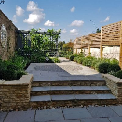 Contemporary city courtyard garden landscaping in Bath